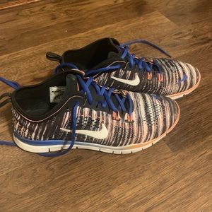 Nike running shoes sz 9
